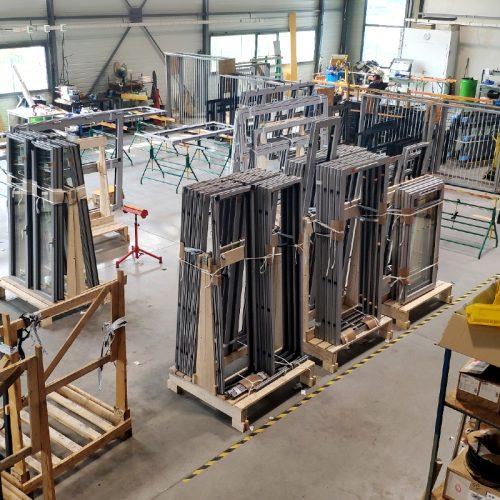 sn-alugo-cholet-menuiserie-fabricant-poseur-etudes-aluminium-atelier-fabrication