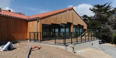 mur-rideau-garde-corps-piscine-logement-menuiserie-exterieures-aluminium